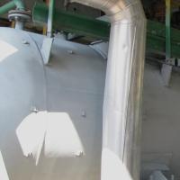 Поверхность резервуара с нанесенным антикоррозионным покрытием